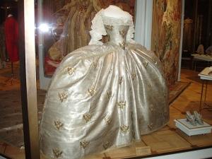 pannier dress